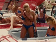Piranha 3D-Cheerleader