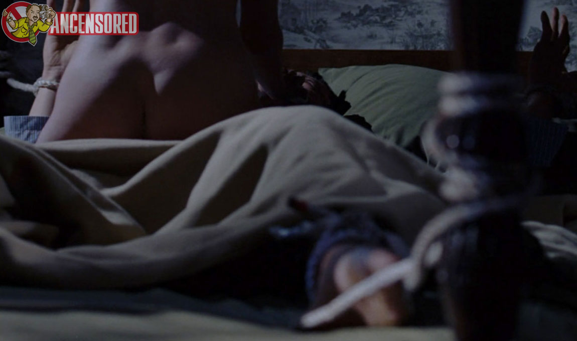 Naked Isla Fisher (28 years) in Wedding Crashers (2005): ancensored.com/nude-appearance/Wedding-Crashers/Isla-Fisher