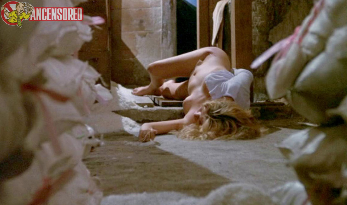 Mary louise weller nude national lampoon039s house - 3 5